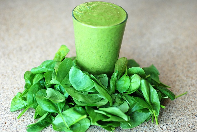 electrolyte-spinach-smoothie