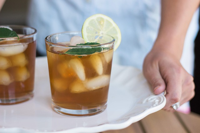 How to Choose the Right Drink to Reduce Gout Pain